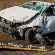 car-accident-1538175_640