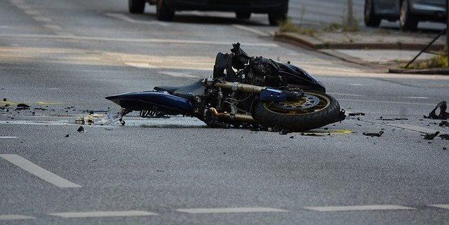 תאונת אופנוע או קטנוע